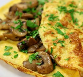The Best Gluten Free Breakfast Recipes Onions and Mushroom Omelet